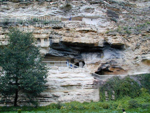 Аладжа манастир (Снимка 2 от 27)