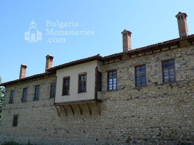 Араповски манастир - Манастирът от вън (Снимка 24 от 27)