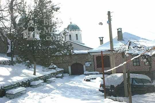 Арбанашки манастир - През зимата (Снимка 12 от 14)