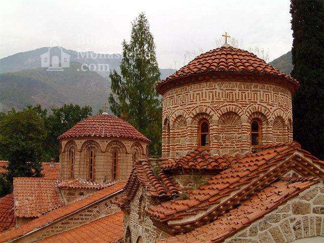 Бачковски манастир  - купола на църквата (Снимка 2 от 30)