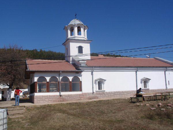 Балшенски манастир (Снимка 7 от 8)