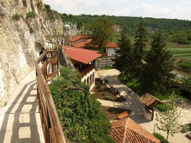 Басарбовски манастир (Снимка 25 от 34)