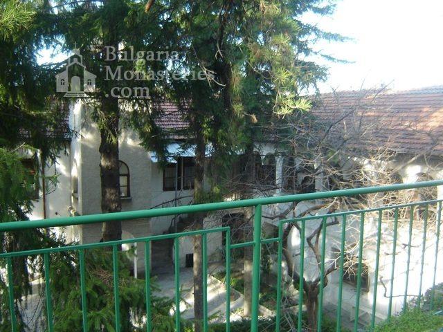 Белащински манастир - Дворът (Снимка 12 от 26)