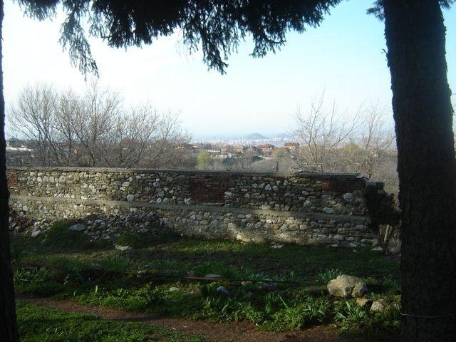 Белащински манастир - Изглед към Пловдив (Снимка 18 от 26)