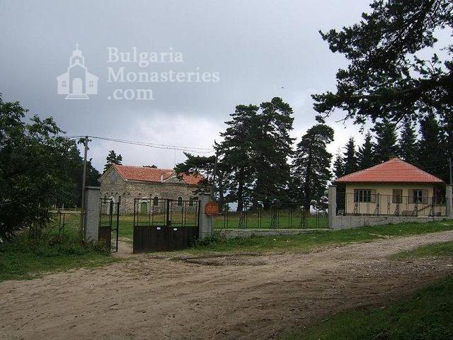 Белочерковски манастир (Снимка 1 от 12)