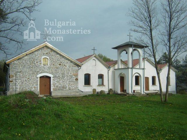 Букоровски манастир (Снимка 1 от 10)