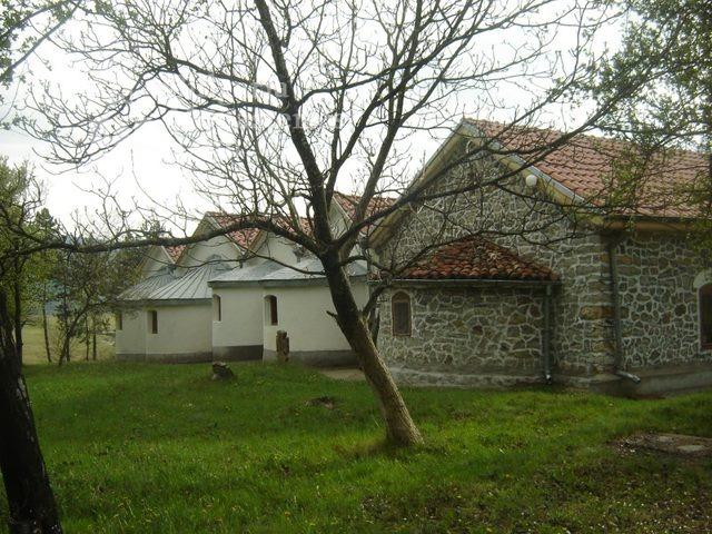 Букоровски манастир - Петте църкви (Снимка 7 от 10)