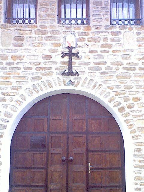 Чирпански манастир  - Манастирските порти (Снимка 15 от 30)