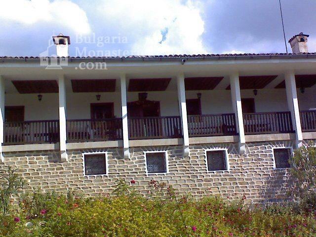 Чирпански манастир  - Новата жилищна сграда (Снимка 7 от 30)