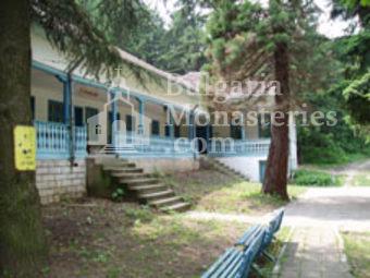 Добридолски манастир - Жилищните сгради (Снимка 3 от 12)