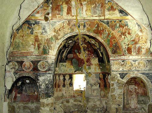 Долнобешовски манастир - Църквата (Снимка 5 от 6)
