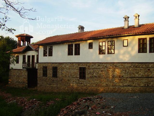 Етрополски манастир (Снимка 9 от 29)
