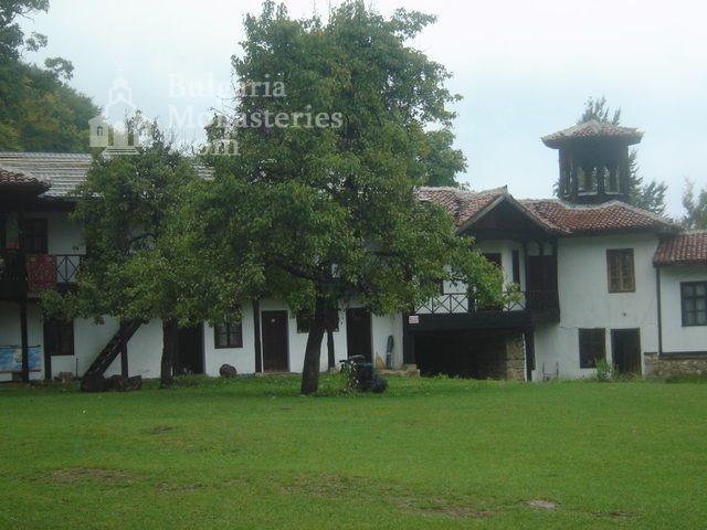 Етрополски манастир (Снимка 19 от 29)