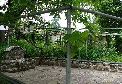 Германски манастир - Дворът с чешмата (Снимка 10 от 46)