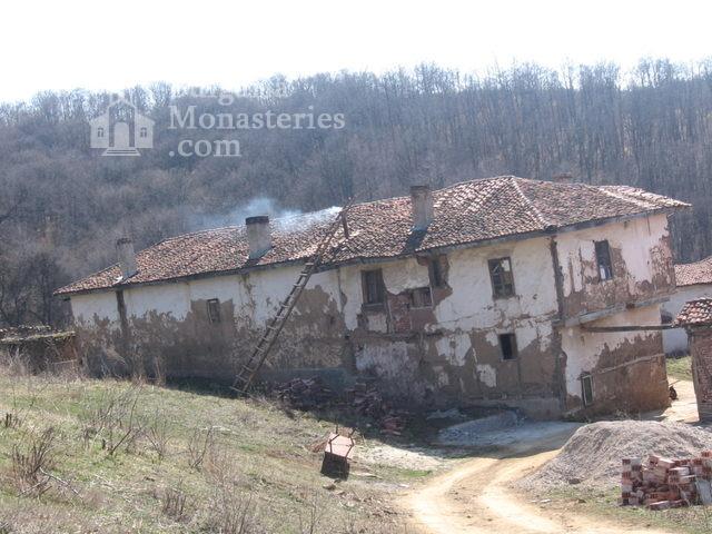Гигински манастир (Снимка 2 от 4)