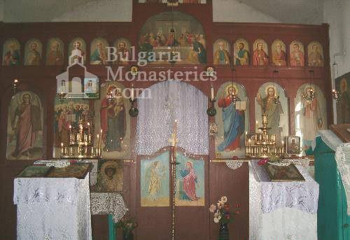 Годечки манастир - Иконостасът в църквата