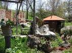 Голямобуковски манастир - Манастирският двор