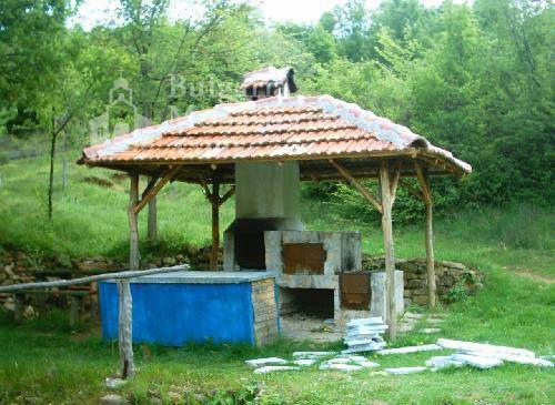 Горнобрезнишки манастир - Камината до входа (Снимка 7 от 8)