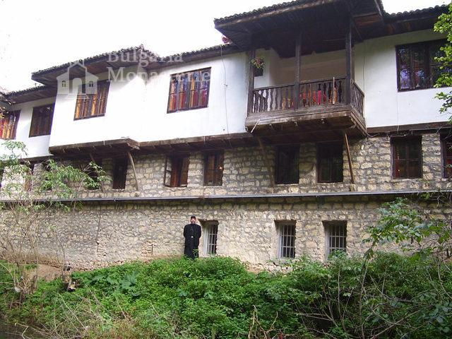 Градешки манастир (Снимка 1 от 16)