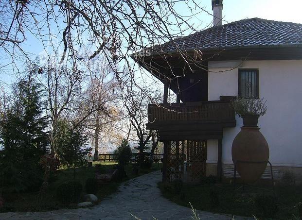 Гранишки манастир - Жилищната сграда (Снимка 2 от 4)