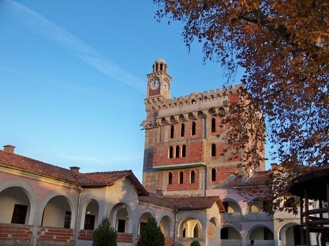 Хаджидимовски манастир - Манастирската библиотека (Снимка 3 от 7)