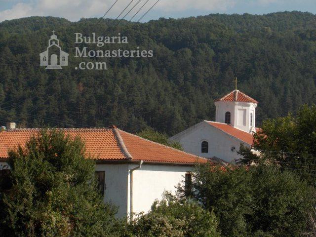 Калоферски манастир (Снимка 1 от 4)