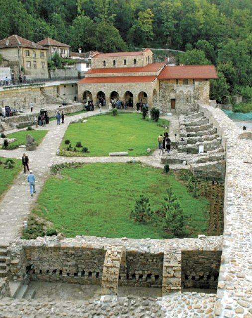 Калоферски манастир (Снимка 3 от 4)