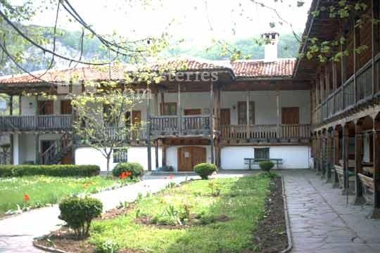 Калоферски манастир - Комплексът (Снимка 4 от 10)