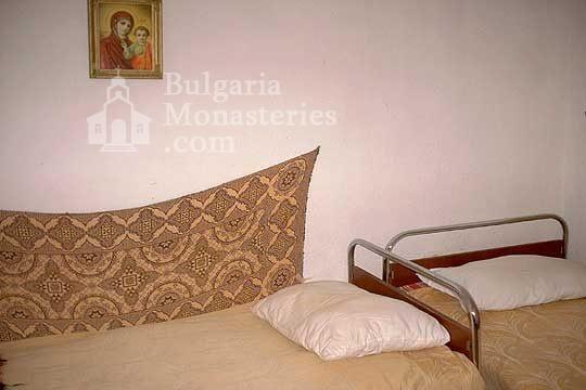 Калоферски манастир - Стаите в манастира (Снимка 8 от 10)
