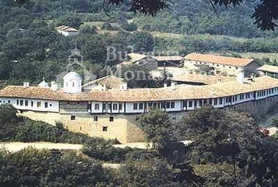 Къпиновски манастир (Снимка 1 от 20)
