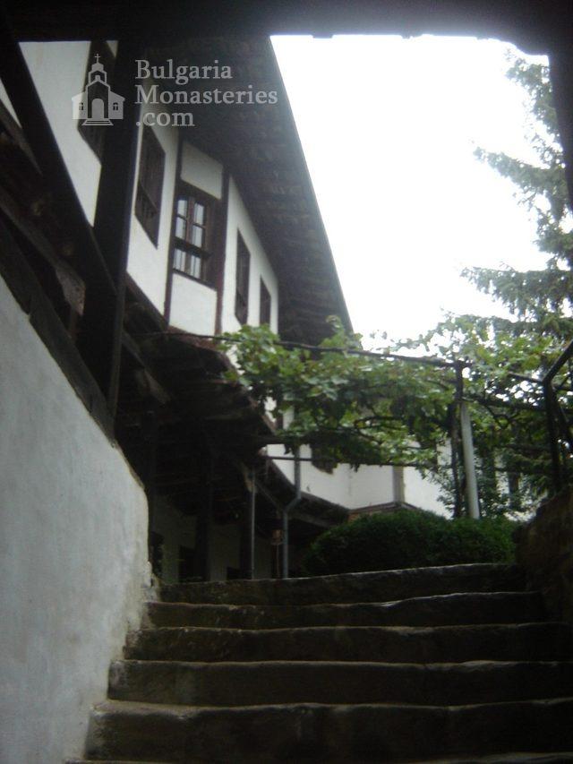 Къпиновски манастир - Жилищни сгради (Снимка 2 от 20)