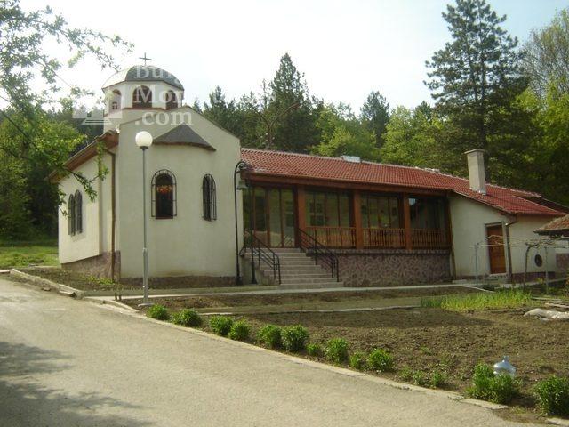 Каранвърбовски манастир - Комплексът (Снимка 3 от 26)