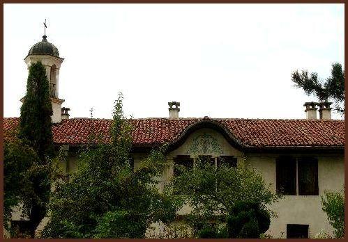 Казанлъшки манастир (Снимка 1 от 8)