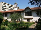 Казанлъшки манастир - Жилищна сграда