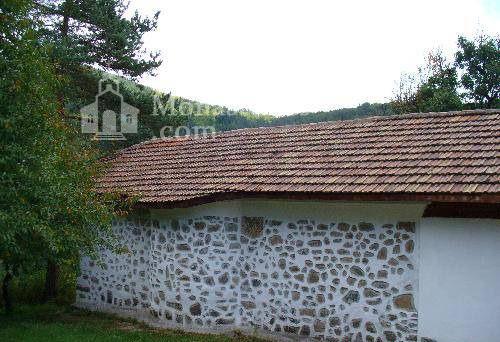 Кладнишки манастир (Снимка 3 от 16)