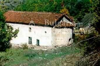 Кладнишки манастир (Снимка 14 от 16)