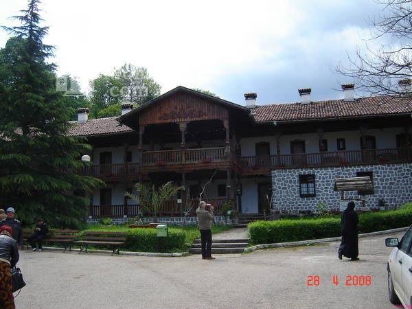 Клисурски манастир (Снимка 8 от 34)