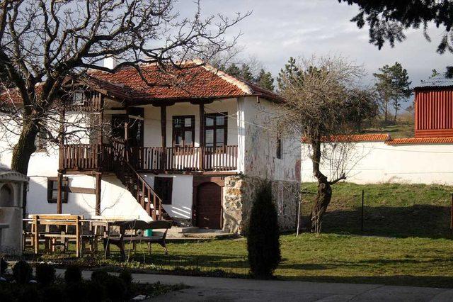 Клисурски манастир (Снимка 28 от 34)