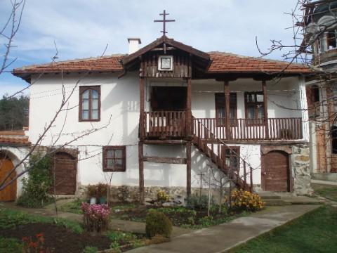 Клисурски манастир (Снимка 4 от 10)