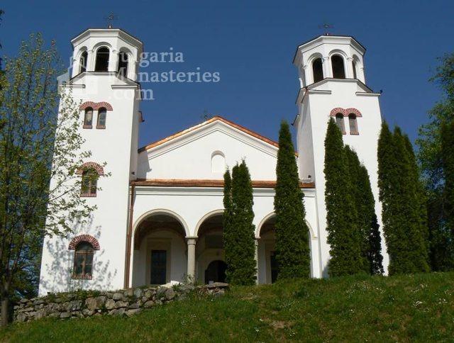 Клисурски манастир - Църквата  (Снимка 7 от 34)