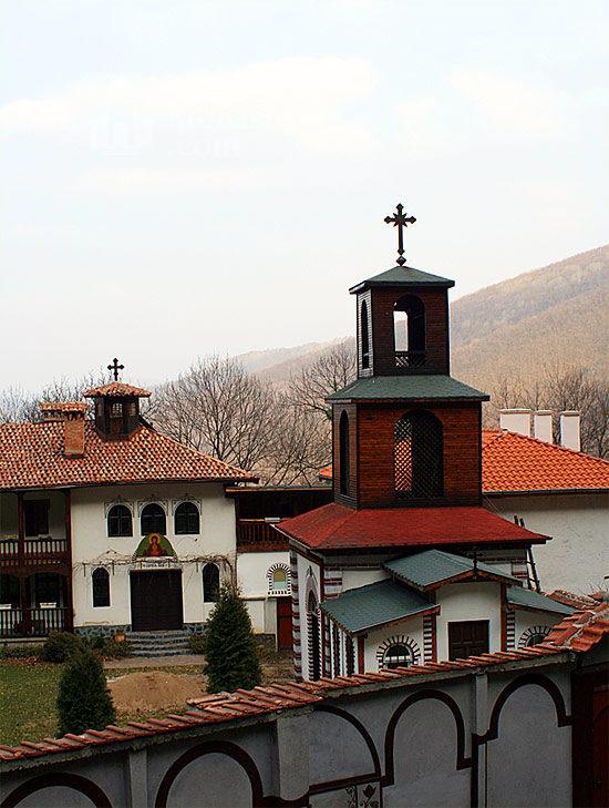 Кокалянски манастир - Комплексът (Снимка 10 от 20)