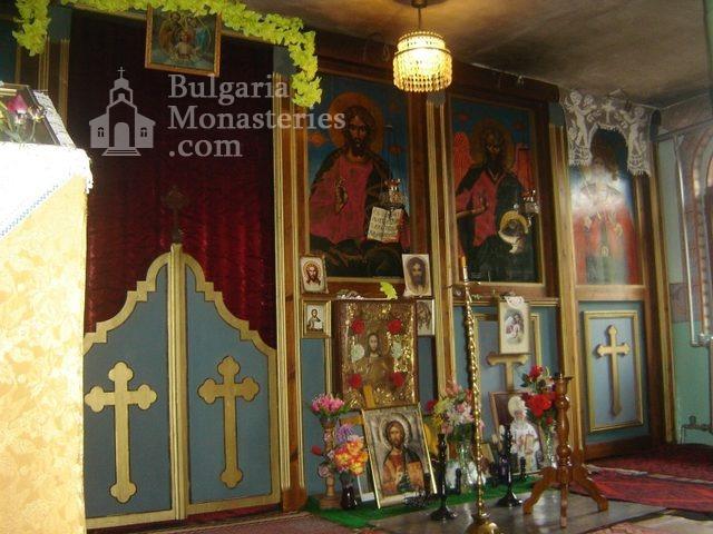 Копривецки манастир - Олтарът в църквата (Снимка 13 от 18)