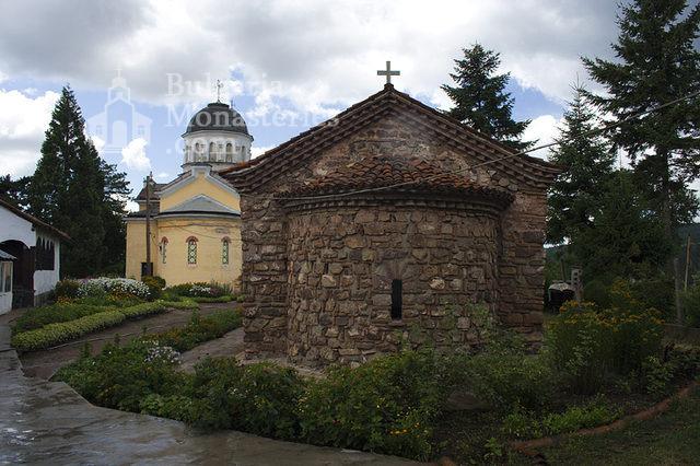Кремиковски манастир - Двете църкви (Снимка 6 от 29)