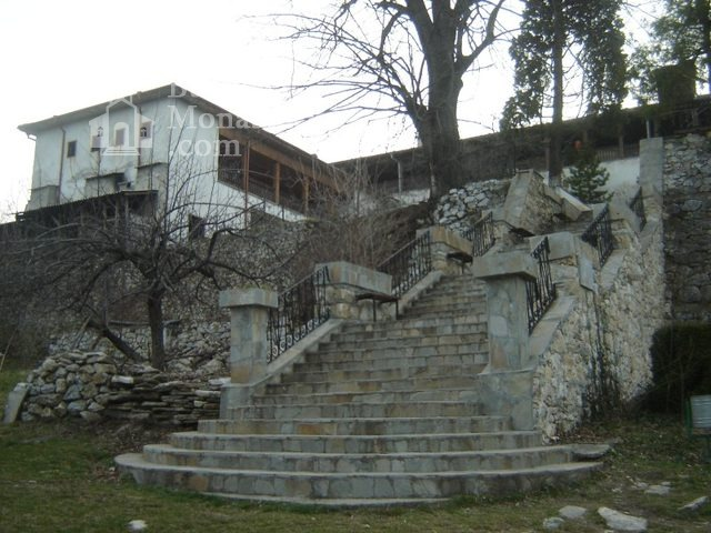 Кукленски манастир - Дворът (Снимка 12 от 27)
