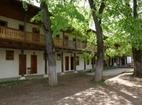Лопушански манастир - Жилищната сграда