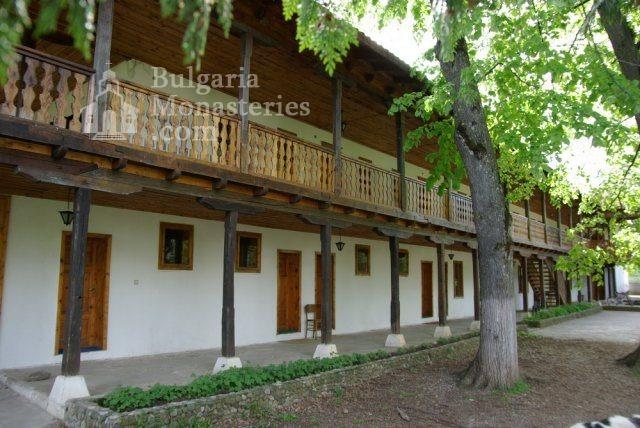 Лопушански манастир - Жилищната сграда (Снимка 23 от 23)