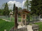 Лопушански манастир - Манастирският двор