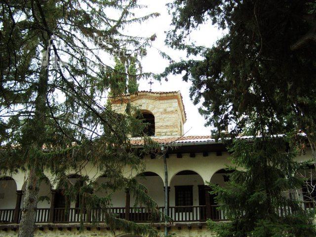 Мъглижки манастир (Снимка 8 от 14)