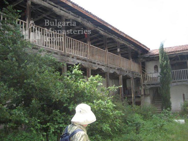 Мулдавски манастир - Манастирът от вътре (Снимка 10 от 31)
