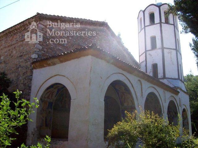 Мулдавски манастир - Църквата с камбанарията (Снимка 24 от 31)